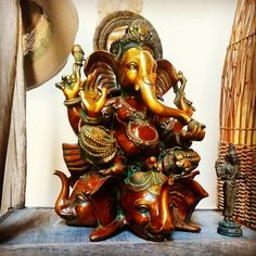 Come by car, foot or elephant to Jalan Jalan Imports Topanga! #jalanjalanimports #Topanga #topangacanyon #namaste #Ganesh #shiva #buddha #bali #indonesia #bronze #castings #design