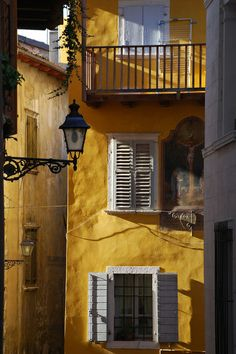 Rovereto, province of Trento, Trentino-Alto-Adige region, Italy Places In Italy, Places To Go, Mellow Yellow, Color Yellow, Yellow Black, Mustard Yellow, Turin, Belle Photo, Italy Travel