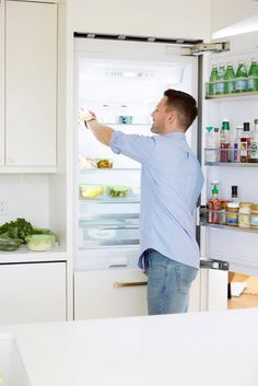 Light, Bright, & Warm: Creating A Cozy, Minimal White Kitchen – Homepolish Clean Fridge, Kitchen Refrigerator, Integrated Fridge, Bathroom Shop, Food Out, Cuisines Design, Kitchen And Bath, Kitchen Remodel, Minimalism