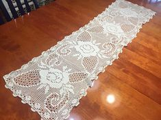 Vintage White Hand Crochet table runner or dresser scarf for christmas, holiday, housewares, home decor, valentines by MarlenesAttic Crochet Placemats, Crochet Table Runner, Crochet Doily Patterns, Crochet Doilies, Filet Crochet, Hand Crochet, Tablecloths, Table Runners, Vintage Items