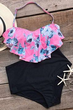 Catch 'em if you can.Product Code: Details: Floral printing Halter design Falbala Tie at back High-waisted fit With padding bra Fabric: Chinlon,Elastane Floral Bikini, The Bikini, Bikini Set, Cute Swimsuits, Cute Bikinis, Cool Outfits, Summer Outfits, Fashion Outfits, Girls Bathing Suits