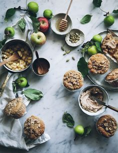 spiced apple muffins with streusel topping