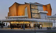 Berlin | Architektur. Philharmonie Concert Hall, Herbert-von-Karajan-Straße 1, Mitte