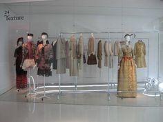 Photos Exposition Christian Lacroix musée de la mode et du Textile