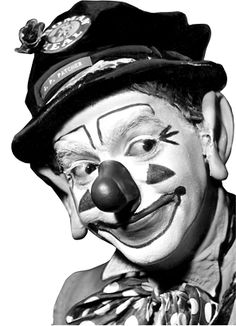 Entertainment | J.P. Patches: The cheers of a clown | Seattle Times Newspaper