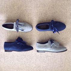 9b587a1eb2 Descubra os sapatos estilo carneira em duas cores. REALIS aposta em cinza  claro e azul