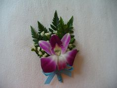 DIY Wedding Crafts : DIY Purple Orchid Boutonniere