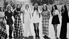 I actually like some of these styles in black and white. The real colors were usually hideous. 60s And 70s Fashion, Retro Fashion, Vintage Fashion, High School Fashion, Indie Fashion, Fashion 2020, Street Fashion, 1970 Style, 70's Style