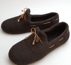 Felted wool slipper loafers coffee brown handmade by WoolenClogs