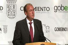 Monago dice que ha pagado sus viajes a Canarias y que lo puede acreditar documentalmente.