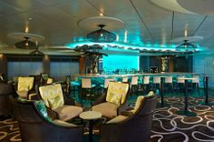 Experience the tropics on your #UltimateGetaway! Located on Deck 8, with both indoor and outdoor spaces, the Sugarcane Mojito Bar serves mojitos and rum-based cocktails.