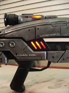 Volpin Props: Mass Effect M8 Avenger Assault Rifle http://volpinprops.blogspot.com/