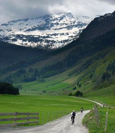 Mountain biking in the unspoilt valley of mount Ritterkopf by B℮n, via Flickr - taken May 4, 2011 in Bucheben, Salzburg, AT