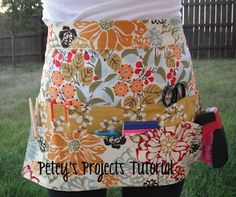 Next project ---- for cooking or yard sales since we have them 2x a year!!!  Jane's Girl Designs: Make It Mondays - Craft Apron Tutorial