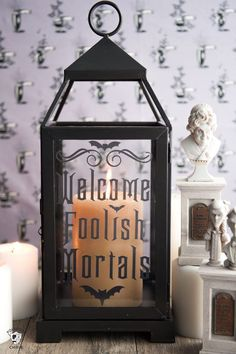 Haunted Mansion Inspired Lanterns DIY Halloween Decorating Ideas inspired by the Haunted Mansion - how to make cute Haunted Mansion Lanterns. Includes free cut files for your Cricut. Haunted Mansion Disney, Haunted Mansion Decor, Haunted Mansion Halloween, Haunted Hotel, Mansion Interior, Manualidades Halloween, Fun Halloween Crafts, Halloween Projects, Diy Halloween Decorations