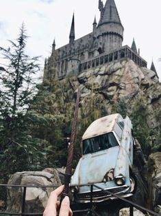 New post on senden-kalanlarimla-yalnizim Harry Potter Tumblr, Harry Potter Universal, Harry Potter Hogwarts, Harry Potter World, Universal Parks, Parque Do Harry Potter, Mundo Harry Potter, Harry Potter Wallpaper, Albus Dumbledore
