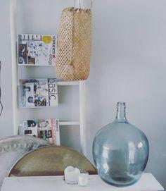 #kwantum #repost Vaas Noa XXL > https://www.kwantum.nl/wonen/woondecoratie/vazen-potten/wonen-woondecoratie-vazen-potten-vaas-noa-xxl-grijs-52-cm-0791044 @marionduivelshof - Fijne avond! Ben overigens vanmiddag geslaagd voor een mooie Trash Me lamp...nog niet de pfff gehad om het een plaatsje te geven in huis.Foto volgt nog.. #kwantum#ikea#intratuin #jetathome #xenos #homestyling #instagood #goodevening