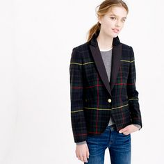 "The Campbell trouser looked so good, we decided to make a blazer to match. We gave it a slim, feminine fit and finished the interior with pretty piped seams and a handkerchief pocket for stashing headphones or your favorite lipstick. This one features a festive tartan wool from the Abraham Moon mill in England (it's been weaving England's finest woolen fabrics since 1937). <ul><li>Tailored for a fitted look.</li><li>Body length: 26"".</li><li>Sleeve length: 32"".</li><li>Hits at…"