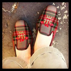 Slippers ♥ From: the adventures of tartanscot™: tartan Plaid Fabric, My Heritage, Tartan Plaid, Favorite Color, Slippers, Footwear, Wales, Mad, Prince