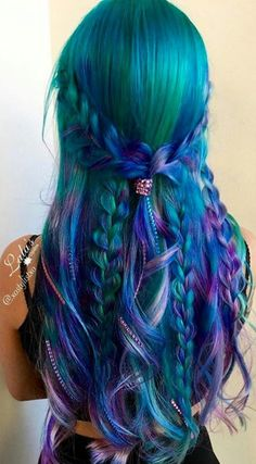 Green purple dyed hair color inspiration