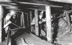 Drawing a Coal Face at Ashington Colliery