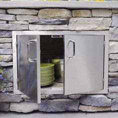 Photo:+Wendell+T.+Webber+ +thisoldhouse.com+ +from+How+to+Build+an+Outdoor+Kitchen