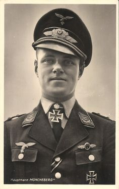 ✠ Joachim Müncheberg He is credited with 135 enemy aircraft shot down claimed in over 500 combat missions. The majority of his victories were claimed over the Western front with 33 claims over the Eastern Front. Of his 102 aerial victories achieved over the Western Allies are 46 Supermarine Spitfire fighters.