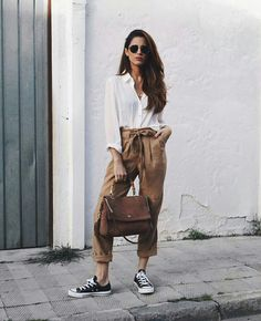 57 Ways To Wear Casual Outfit with Classy Look Outfits With Converse, Casual Outfits, Summer Outfits, Cute Outfits, Fashion Outfits, Black Converse, Outfits With Brown Pants, Boy Fashion, Brown Pants Outfit