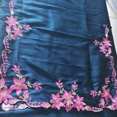Punjabi Suit Boutique, Punjabi Suits Designer Boutique, Boutique Suits, Indian Designer Suits, Designer Salwar Suits, Embroidery Suits Punjabi, Embroidery Suits Design, Hand Embroidery Designs, Kurti Designs Party Wear