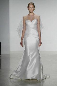 Gorgeous wedding dress by KF.