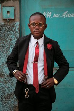 4 Factors to Consider when Shopping for African Fashion – Designer Fashion Tips Mens Fashion Now, African Men Fashion, Afro, Men Formal, Men Street, Street Outfit, Jacket Style, Stylish Men, Mens Suits