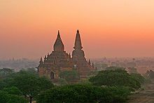 Mi Nyein Gone-Bagan-Myanmar-15-Panorama view-gje - Bagan - Wikipedia, the free encyclopedia