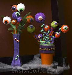 easy Halloween decorating ideas using eyeballs and STYROFOAM balls