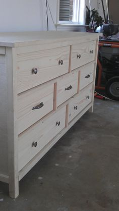 Wide cabin dresser do it yourself home projects from ana white build your own diy dresser Woodworking Furniture Plans, Woodworking Plans, Woodworking Projects, Popular Woodworking, Diy Wood Projects, Furniture Projects, Home Projects, Furniture Design, Furniture Nyc