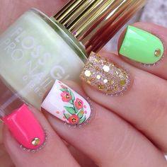 44+ Elegant designs for trendy acrylic nails