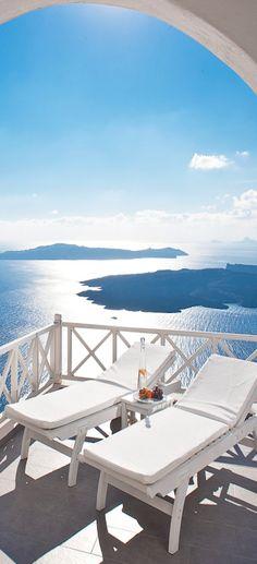 Santorini | LOLO