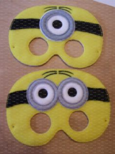 Minion inspired felt mask for dress up or Halloween by TinyCrafts