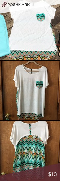 "Cute summer chevron high low tunic ☀️ Worn once and in great condition! Bundle with green Liz Claiborne jeans and save 15%! ⭐️95% Rayon, 5% Spandex⭐️ Pit to pit 21""⭐️Length: front 28"", back 31""⭐️ Voll Tops Tunics"