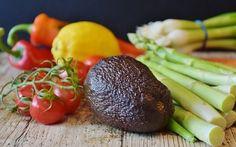 Benefici delle dieta alcalinizzante.Guida ai cibi alcalinizzanti, alle loro proprietà e alla ricerca del giusto equilibrio acido-basico con l'alimentazione