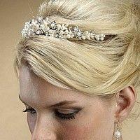 Freshwater pearl clusters and rhinestone flower tiara