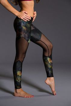 Track Legging - Rouge / Black Mesh