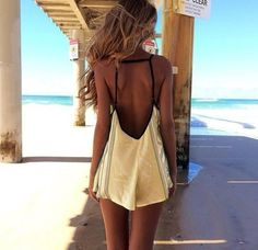 backless summer dress. Perfect for #nippies