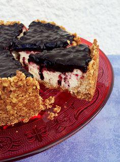 Blaubeer-Cheesecake mit Knusperboden // danielas foodblog