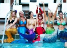 You can catch live mermaids in action in Las Vegas at the Silverton Casino Hotel's aquarium. Seriously, this reef aquarium is home to Mermaids Las Vegas Vacation, Vegas Fun, Vacation Trips, Vacations, Travel Trip, Travel Stuff, Las Vegas Attractions, Las Vegas Homes, All I Ever Wanted