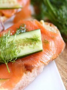 Smoked Salmon and Cucumber Rusks with Creamy Mustard and Dill Sauce Recipe -#SandwichWeek