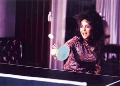 Elizabeth Taylor playing ping pong Who knew? Famous Celebrities, Beautiful Celebrities, Most Beautiful Women, Celebs, Elizabeth Taylor, Divas, Rare Pictures, Rare Photos, Happy Birthday Elizabeth