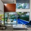 MG Residence / Reinach Mendonça Arquitetos Associados  S. Paulo, Brasil