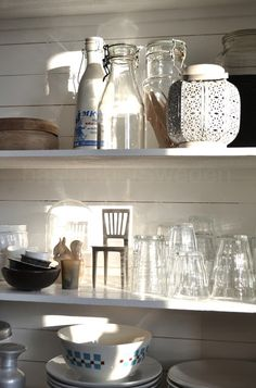 Open shelving in the kitchen ♥
