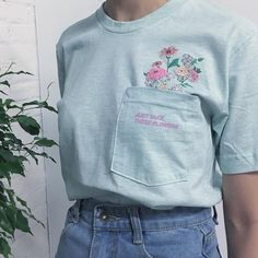 90s grunge pocket unisex tee by Kokopiebrand on Etsy