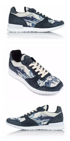 Meet the Japan Jogger just released by Inkkas Shoes. These cute blue running shoes are inspired by the great Japanese artist, Hokusai. Born in present day Tokyo and known for his extensive and elaborate work as a printmaker and painter, Inkkas was inspired to pay homage to the artist. When you're wearing your Japan Jogger, you'll be reminded of the gorgeous work of one of Japan's finest artists.
